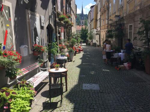 Križevniška ulica v Stari LjubljaniKriževniška street in the Old town